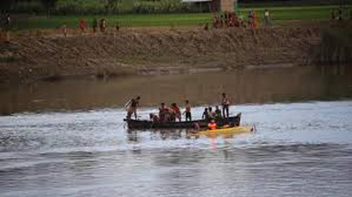 আখাউড়ায় নদীতে মিলল যুবকের হাত ভাঙ্গা লাশ