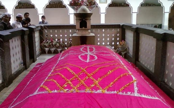 হযরত শাহজালাল (রহঃ) এর শৈশব ও ভারতবর্ষে আগমনের বিস্ময়কর কাহিনী