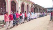 ব্রাহ্মণবাড়িয়ায় মসজিদের কোটি টাকা আত্মসাত, এলাকাবাসীর মানববন্ধন-বিক্ষোভ