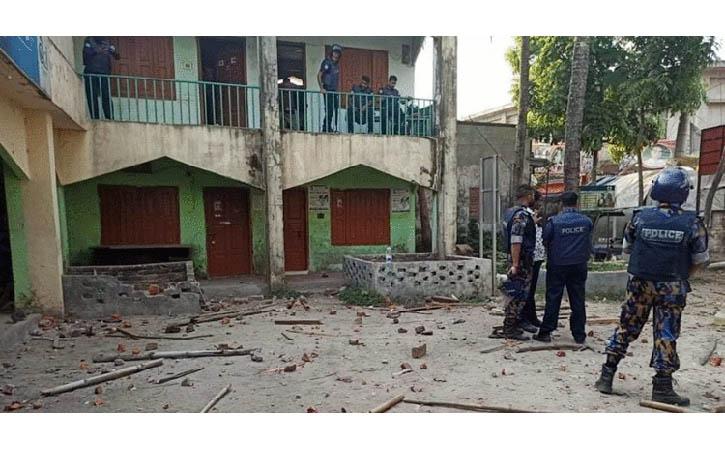 ব্রাহ্মণবাড়িয়া সরাইল পুলিশ ক্যাম্পে হামলা, ২০ পুলিশ সদস্য আহত