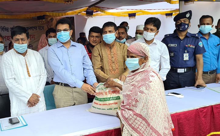 শেখ হাসিনার কারণে বাংলাদেশ মর্যাদার আসনে- আইনমন্ত্রী